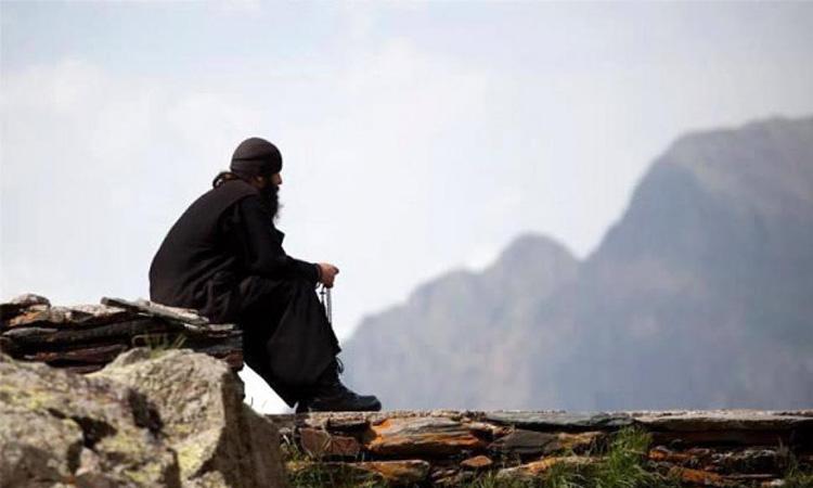 Монах на горе