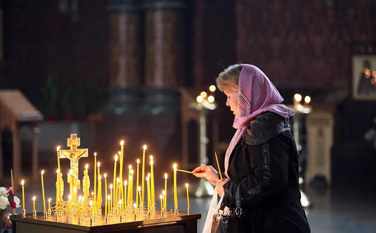 Знают ли усопшие, кто за них молится