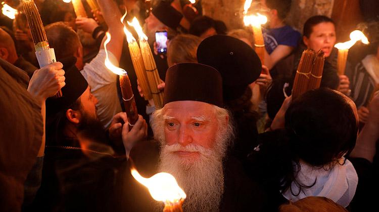 Благодатный огонь в Храме Гроба Господня