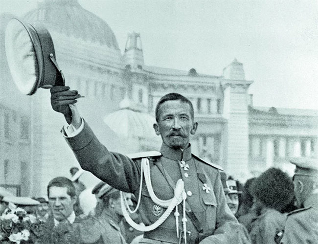 Генерал Лавр Корнилов