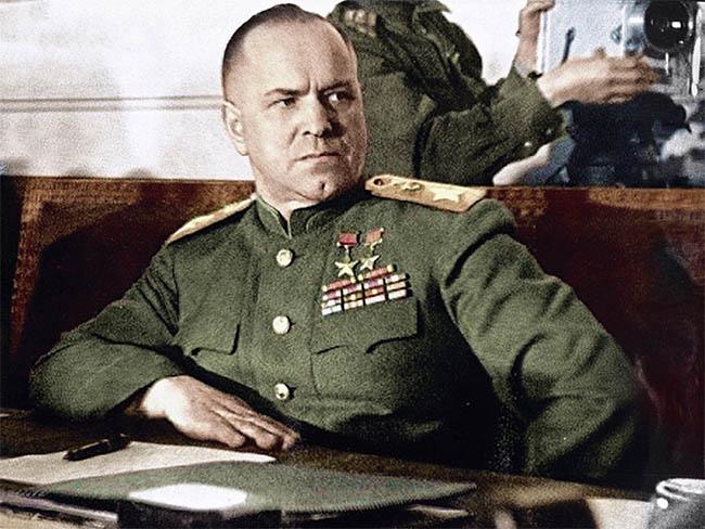 Георгий Жуков на церемонии подписания капитуляции Германии