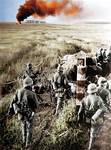Немцы переходят границу СССР