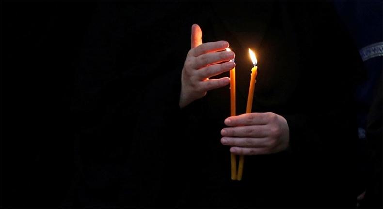 Свечи в руке