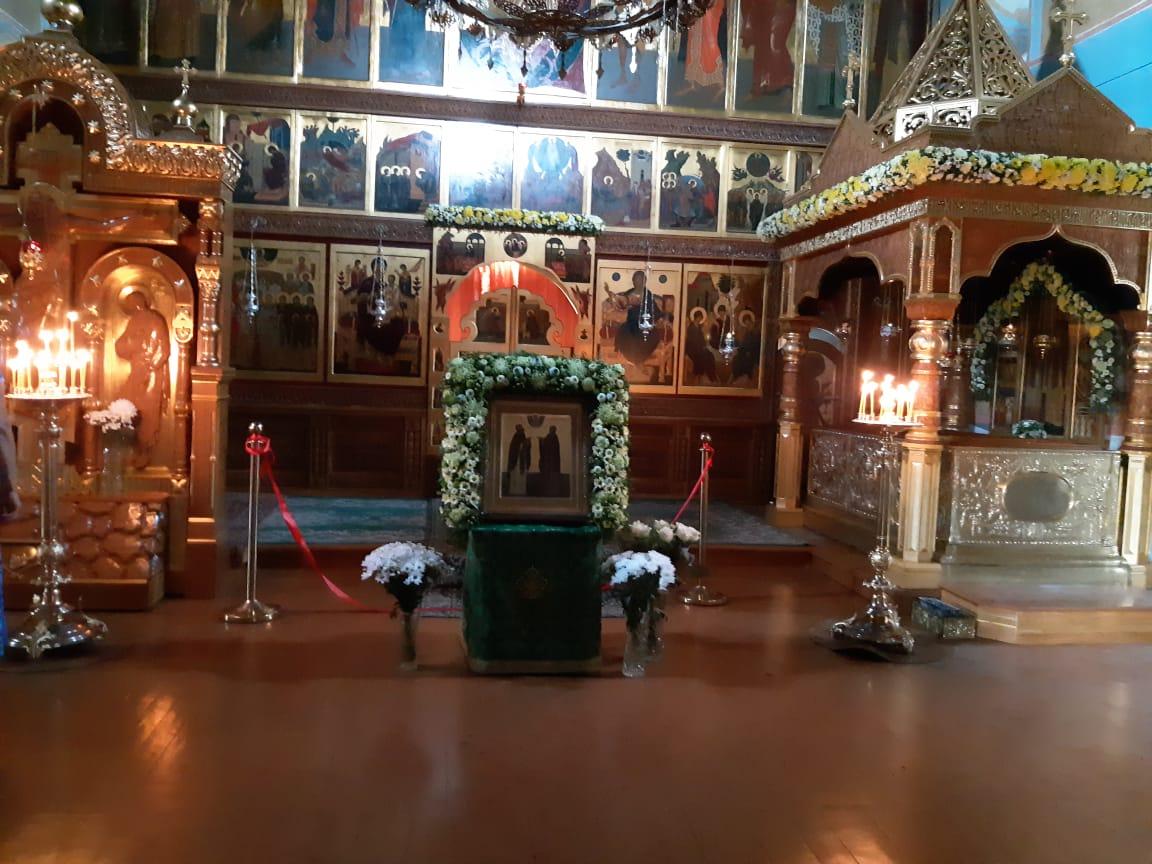 Троицкий собор. Ранним утром