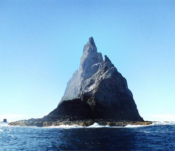 Остров-скала