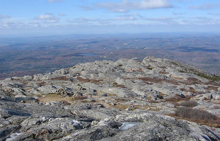 Плато на вершине горы Монаднок
