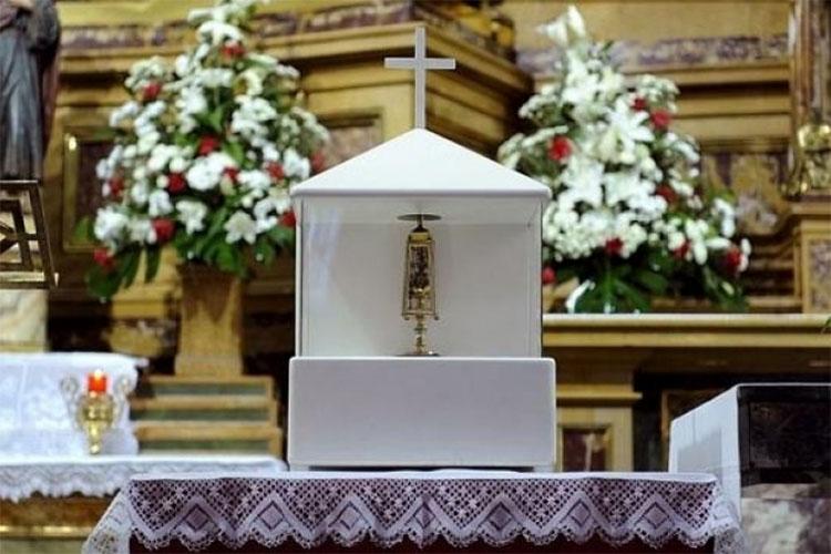 Кровь святого Пантелеимона в Мадриде