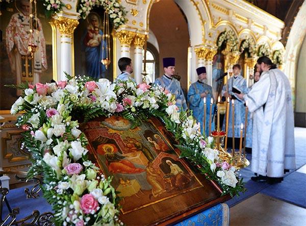 Богослужение в праздник Рождества Пресвятой Богородицы