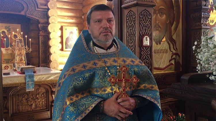 Отец Виктор Праздничный