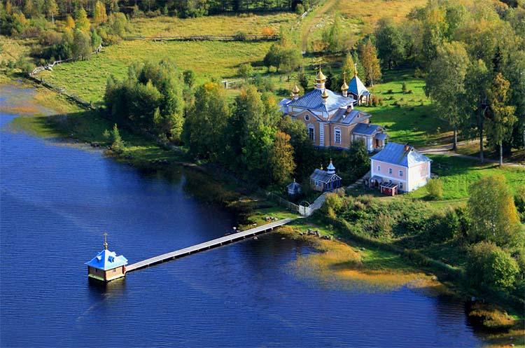 Важеозерский Спасо-Преображенский монастырь
