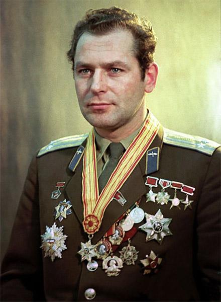 Второй советский космонавт Герман Титов