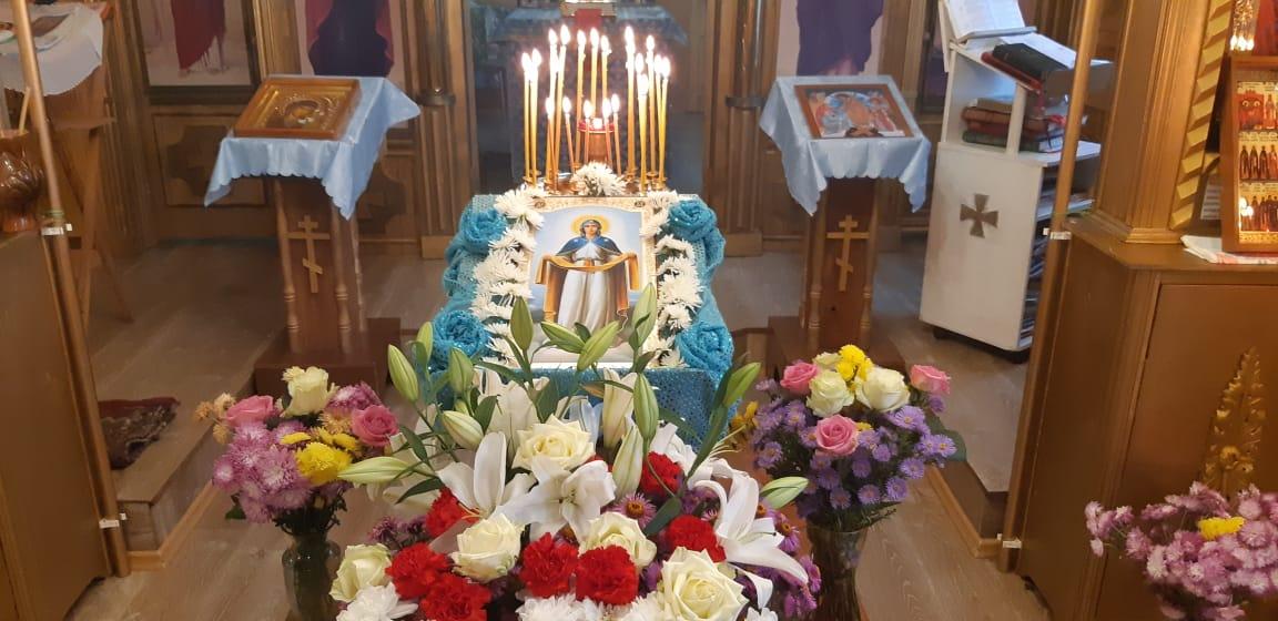 Праздничная икона Покров Пресвятой Богородицы