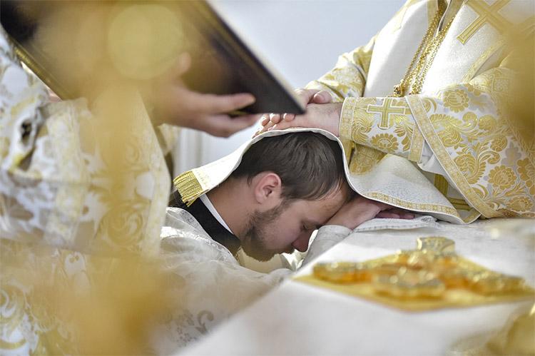 Таинство Священства (Рукоположение)