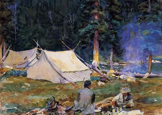Туристы возле палаток