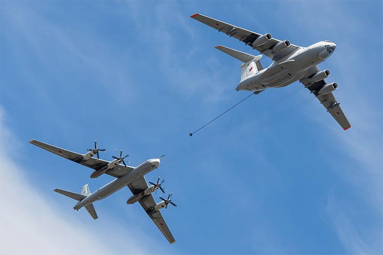 Дозаправка Ту-95 в воздухе