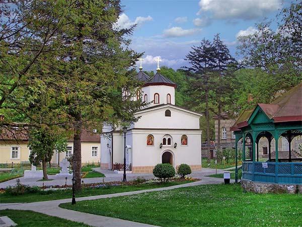 Раковицкий монастырь