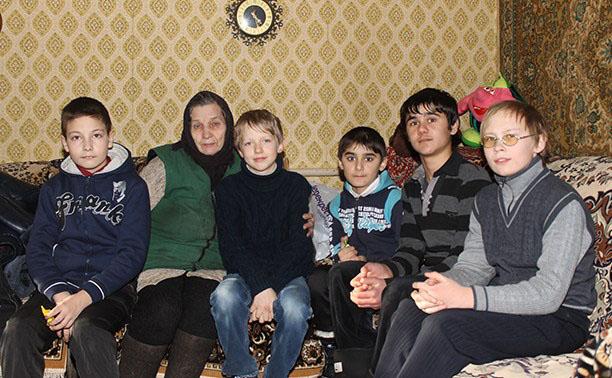 Валентина Васильевна Никитина и мальчики