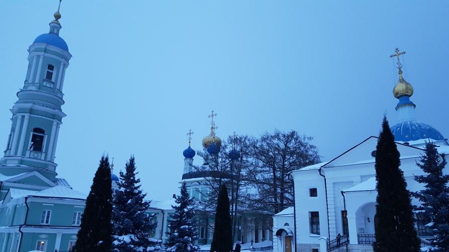Храмы с колокольней вечером