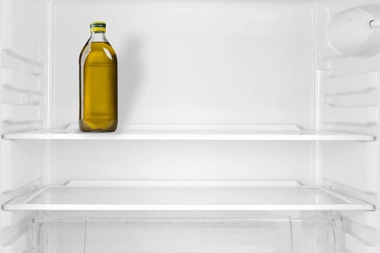 Льняное масло в холодильнике