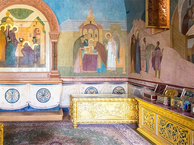 Рака с мощами святителя Серапиона Новгородского