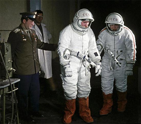Гагарин, Леонов и Беляев