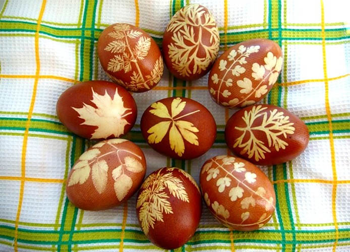 Окрашивание яиц с узорами