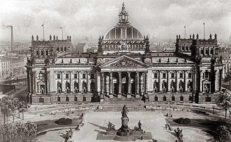 Рейхстаг в 1930-е годы
