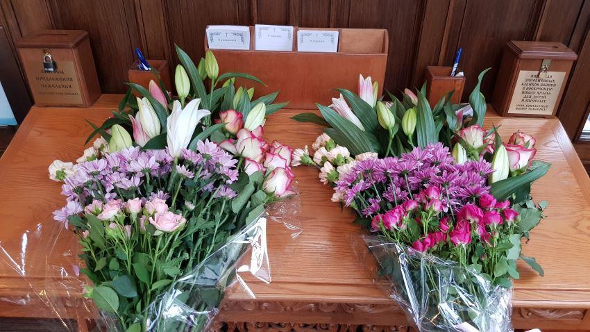 Цветы к Чудотворным святыням Богородицы!
