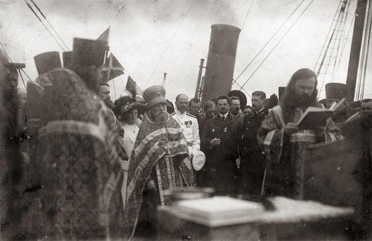 Молебен на палубе судна «Святой мученик Фока»