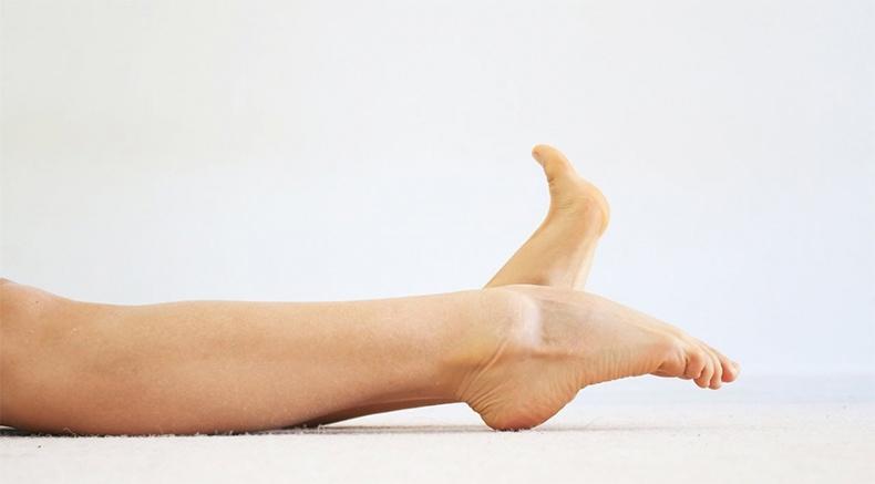 Сжимание пальцев ног
