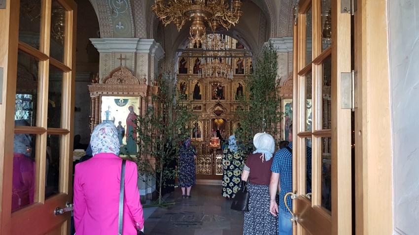 Литургия в Введенском храме