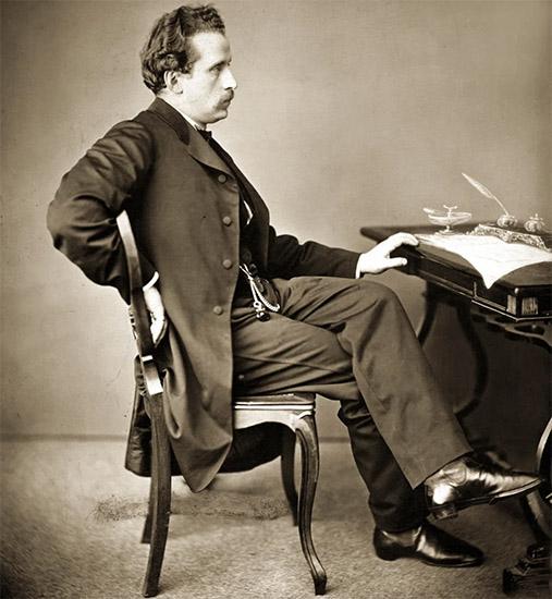 Николай Рубинштейн за столом