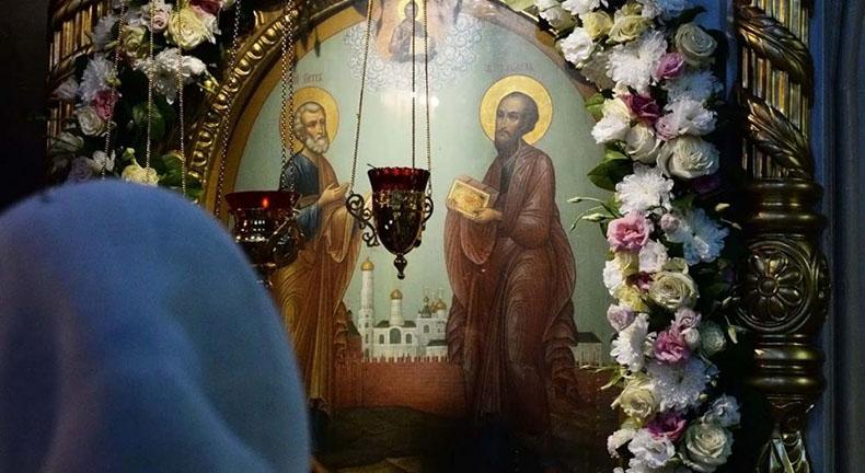 Образ Петра и Павла в храме