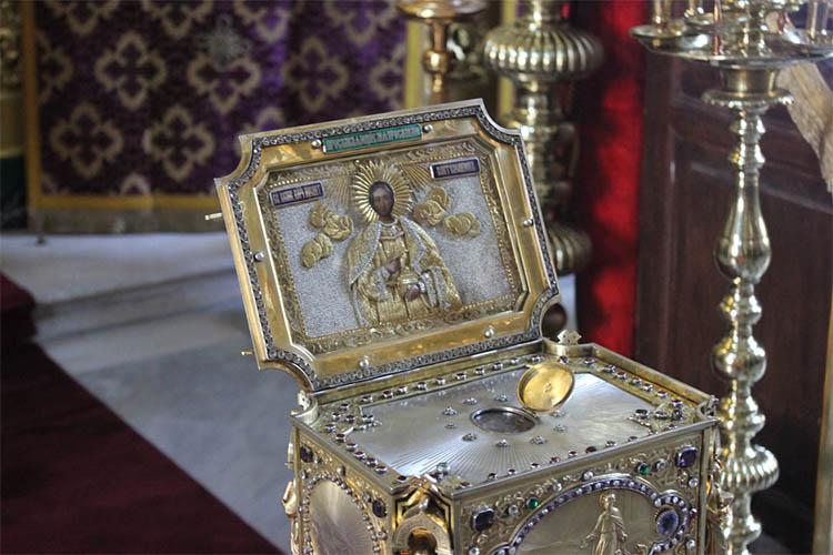 Частица мощей Великомученика и Целителя Пантелеимона