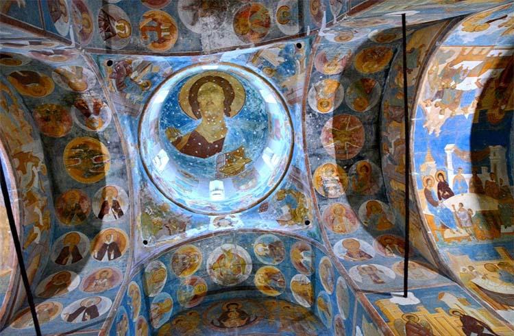 Фрески иконописца Дионисия в Ферапонтовом монастыре