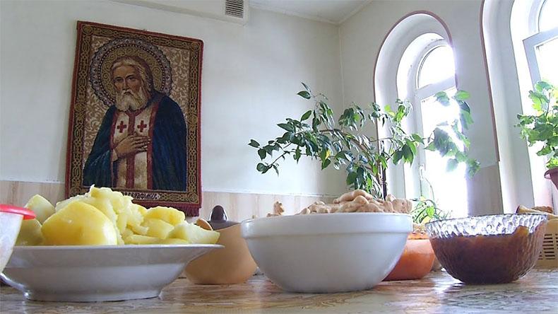 Икона Серафима Саровского дома
