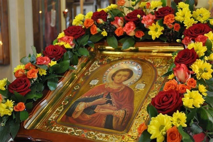 Образ великомученика и целителя Пантелеимона