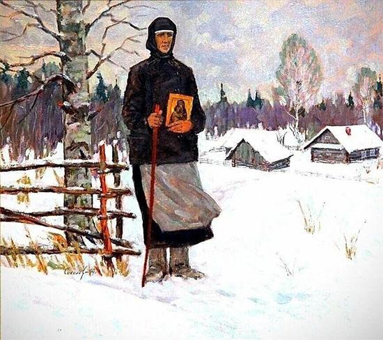 Женщина с иконой в руках
