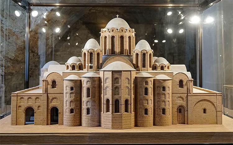 Макет-реконструкция первоначального облика Софийского собора