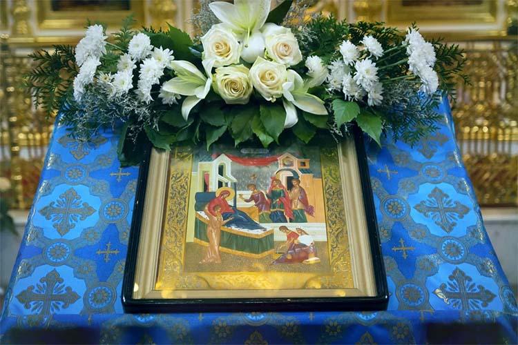 Образ Рождества Пресвятой Богородицы в храме