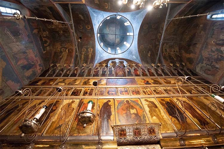 Роспись Троицкого собора Троице-Сергиева монастыря