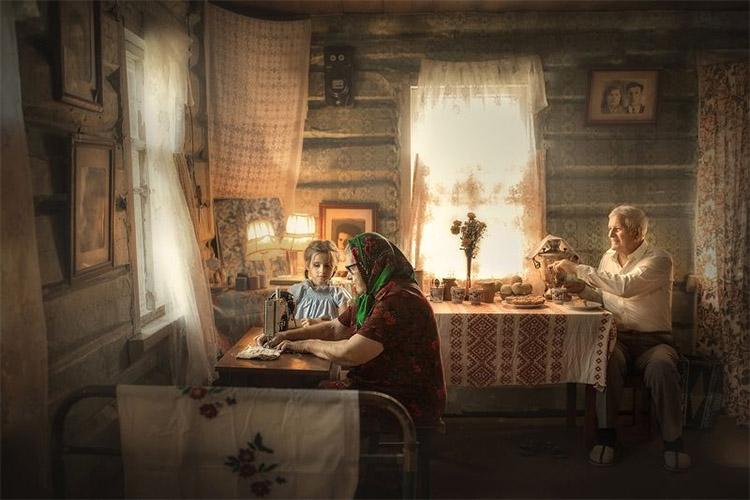 Внучка с дедушкой и бабушкой