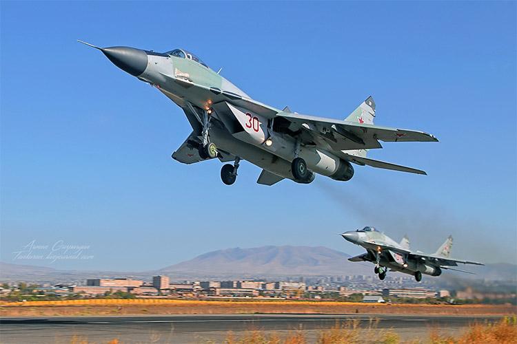 Взлет МиГ-29
