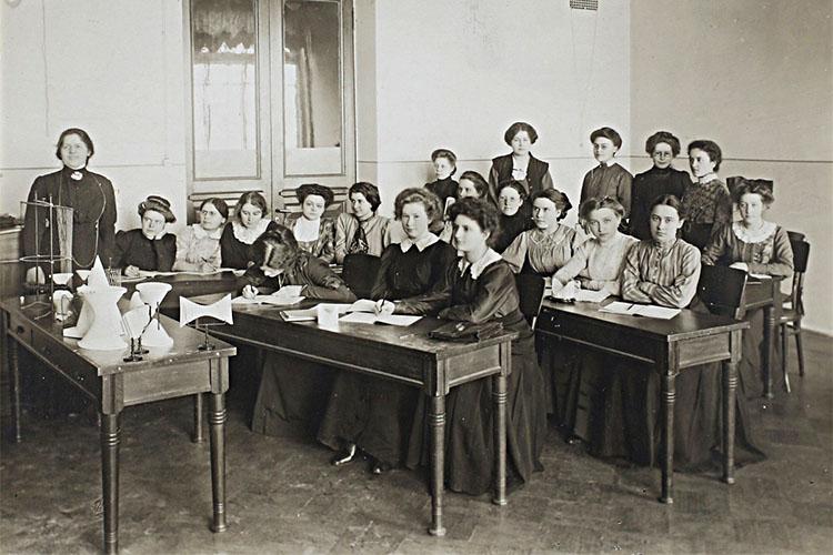 Женское образование в Российской империи